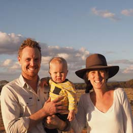 The Hansen Family arrive at Charles Darwin Reserve
